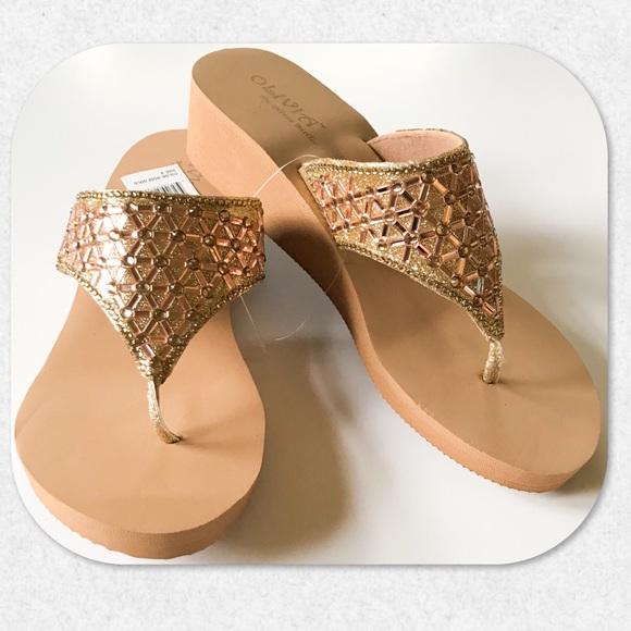 cfdb43822af Olivia Miller Rose Gold Wedge Flip Flops